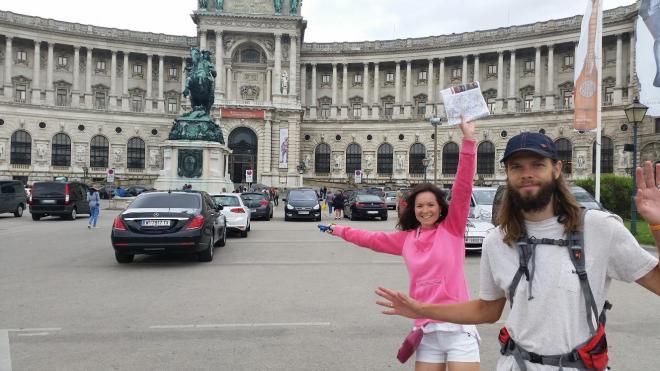 Mēs ar Alīnu plosamies pa Vīni